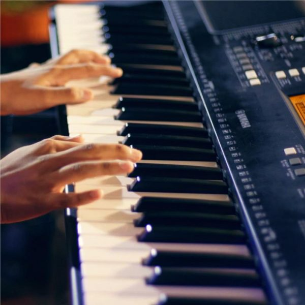 Keyboard (Piano) Classes Online | GSS School of Music